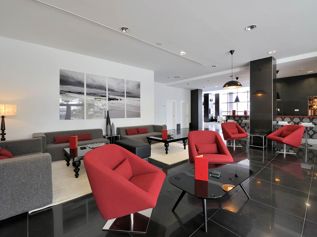 Vincci Malaga Hotel   BELTA & FRAJUMAR